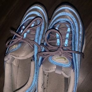 Nike Shoes - Nike AirMax 97